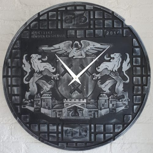 Putdekselklok Breda groot zilver zwart 1100×1100